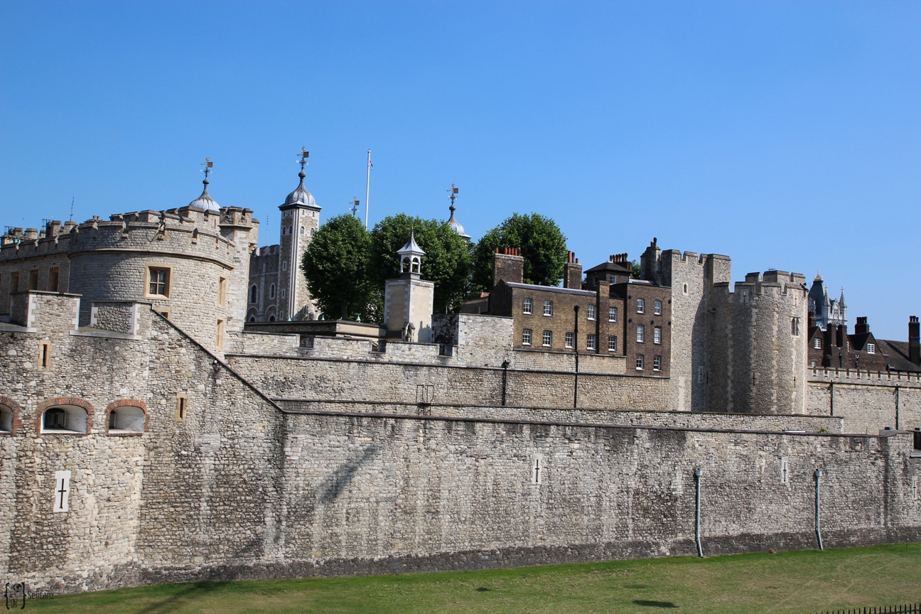 9 Tower of London
