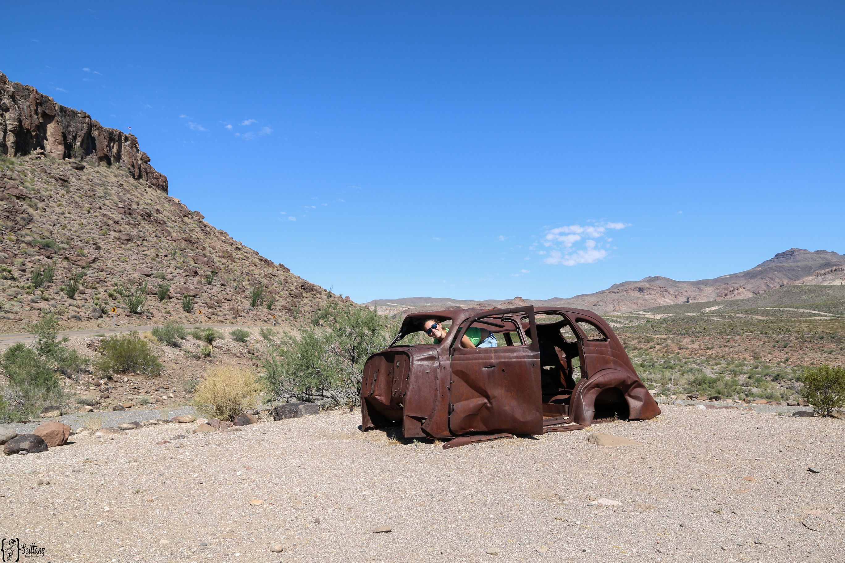 14 Old Cars Route 66